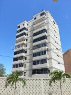 Apartamento En Ventaen Catia La Mar, Playa Grande, Venezuela, VE RAH: 21-3184