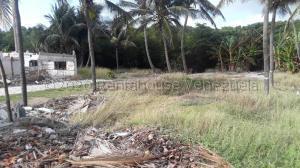 Terreno En Ventaen Tucacas, Tucacas, Venezuela, VE RAH: 21-2532