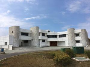 Casa En Ventaen Lecheria, Las Villas, Venezuela, VE RAH: 21-2535