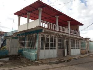 Casa En Ventaen Cagua, Ciudad Jardin, Venezuela, VE RAH: 21-2549
