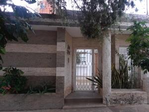 Casa En Ventaen Valencia, La Trigaleña, Venezuela, VE RAH: 21-2554