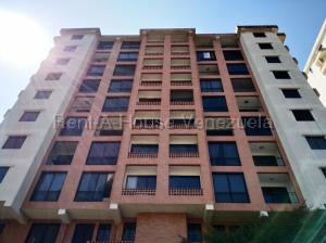 Apartamento En Ventaen Valencia, El Bosque, Venezuela, VE RAH: 21-2590