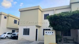 Casa En Ventaen Cabudare, Trapiche Villas, Venezuela, VE RAH: 21-2613