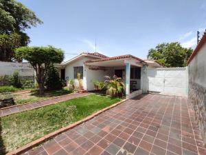 Casa En Ventaen Guacara, Ciudad Alianza, Venezuela, VE RAH: 21-2616