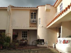 Townhouse En Ventaen Municipio Naguanagua, Manongo, Venezuela, VE RAH: 21-2643