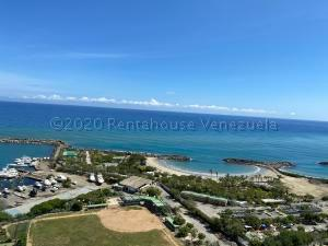 Apartamento En Ventaen Catia La Mar, Playa Grande, Venezuela, VE RAH: 21-2632