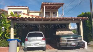 Casa En Ventaen Cabudare, La Mendera, Venezuela, VE RAH: 21-2639