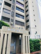 Apartamento En Ventaen Maracaibo, Bellas Artes, Venezuela, VE RAH: 21-2657