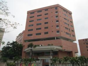 Apartamento En Ventaen Catia La Mar, Playa Grande, Venezuela, VE RAH: 21-2671