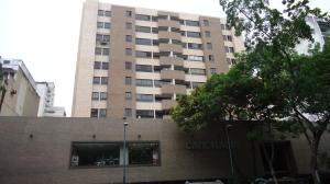 Apartamento En Ventaen Caracas, Parroquia La Candelaria, Venezuela, VE RAH: 21-2710