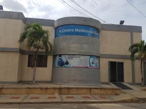 Consultorio Medico  En Alquileren Coro, Sector Los Orumos, Venezuela, VE RAH: 21-2714
