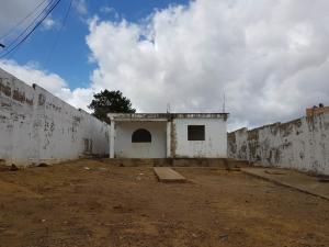 Casa En Ventaen La Vela De Coro, Intercomunal Coro La Vela, Venezuela, VE RAH: 21-2736