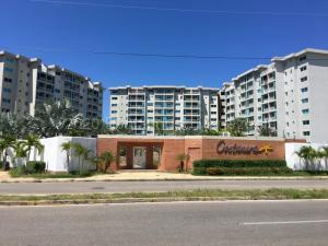 Apartamento En Ventaen Margarita, Playa Moreno, Venezuela, VE RAH: 21-2767