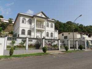 Casa En Ventaen Caracas, Macaracuay, Venezuela, VE RAH: 21-2781