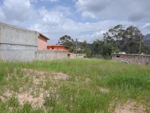 Terreno En Ventaen Municipio Naguanagua, La Entrada, Venezuela, VE RAH: 21-2794