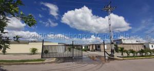 Casa En Ventaen Valencia, Flor Amarillo, Venezuela, VE RAH: 21-2803