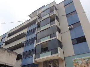 Oficina En Alquileren Valencia, Avenida Bolivar Norte, Venezuela, VE RAH: 21-2808