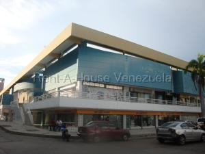 Local Comercial En Alquileren Valencia, Camoruco, Venezuela, VE RAH: 21-2817