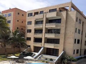 Apartamento En Ventaen Tucacas, Tucacas, Venezuela, VE RAH: 21-1822