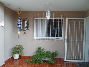 Casa En Ventaen Los Teques, Los Teques, Venezuela, VE RAH: 21-2839
