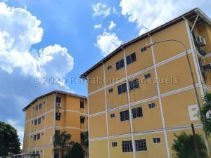 Apartamento En Ventaen Municipio Naguanagua, Santa Ana, Venezuela, VE RAH: 21-2878