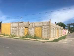 Terreno En Ventaen Punto Fijo, Caja De Agua, Venezuela, VE RAH: 21-2882