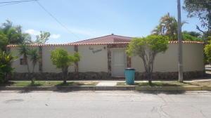 Casa En Ventaen Margarita, Luisa Caceres De Arismendi, Venezuela, VE RAH: 21-3057