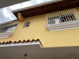 Casa En Ventaen Caracas, Colinas De Santa Monica, Venezuela, VE RAH: 21-2959