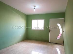 Casa En Ventaen Coro, Sector Bobare, Venezuela, VE RAH: 21-2962