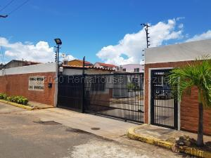 Casa En Ventaen Puerto Ordaz, Villa Betania, Venezuela, VE RAH: 21-2964