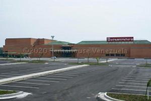 Local Comercial En Ventaen Guatire, Buenaventura, Venezuela, VE RAH: 21-2982