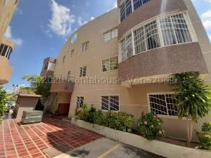 Apartamento En Alquileren Maracaibo, Avenida Goajira, Venezuela, VE RAH: 21-2681
