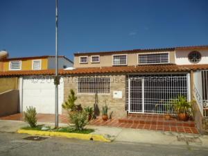 Casa En Ventaen Barquisimeto, Parroquia Santa Rosa, Venezuela, VE RAH: 21-2983