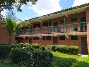 Apartamento En Ventaen Rio Chico, Los Canales De Rio Chico, Venezuela, VE RAH: 21-3023