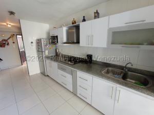 Apartamento En Ventaen Cabudare, Parroquia José Gregorio, Venezuela, VE RAH: 21-2909
