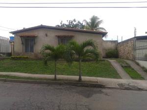 Casa En Ventaen Cabudare, Parroquia José Gregorio, Venezuela, VE RAH: 21-3004