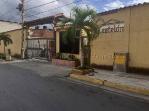 Casa En Ventaen Guatire, El Castillejo, Venezuela, VE RAH: 21-3926