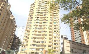 Apartamento En Ventaen Valencia, Las Chimeneas, Venezuela, VE RAH: 21-3095