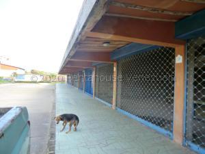 Local Comercial En Ventaen Higuerote, Monte Lindo, Venezuela, VE RAH: 21-6589