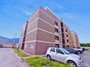 Apartamento En Ventaen Municipio Linares Alcantara, Conjunto Residencial La Cienaga, Venezuela, VE RAH: 21-3055