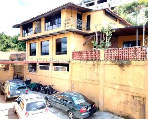 Casa En Ventaen Caracas, Colinas De Caicaguana, Venezuela, VE RAH: 21-3058