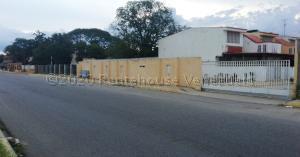 Townhouse En Ventaen Cabimas, Bello Monte, Venezuela, VE RAH: 21-3067