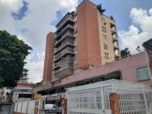 Apartamento En Ventaen Caracas, El Paraiso, Venezuela, VE RAH: 21-3100