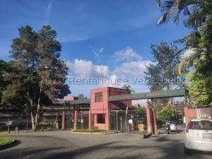 Apartamento En Ventaen San Antonio De Los Altos, La Rosaleda, Venezuela, VE RAH: 21-3131