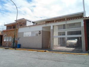 Casa En Ventaen Guatire, El Castillejo, Venezuela, VE RAH: 21-3136