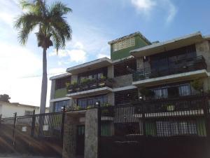 Apartamento En Ventaen Maracay, El Limon, Venezuela, VE RAH: 21-3137
