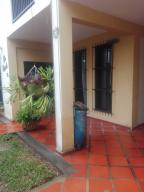 Casa En Ventaen Maracay, El Limon, Venezuela, VE RAH: 21-3142