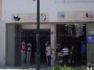 Local Comercial En Ventaen Caracas, Catia, Venezuela, VE RAH: 21-7175