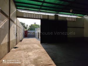 Galpon - Deposito En Ventaen Acarigua, Centro, Venezuela, VE RAH: 21-3285