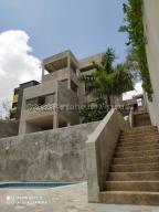 Casa En Ventaen Barquisimeto, Colinas De Santa Rosa, Venezuela, VE RAH: 21-3159